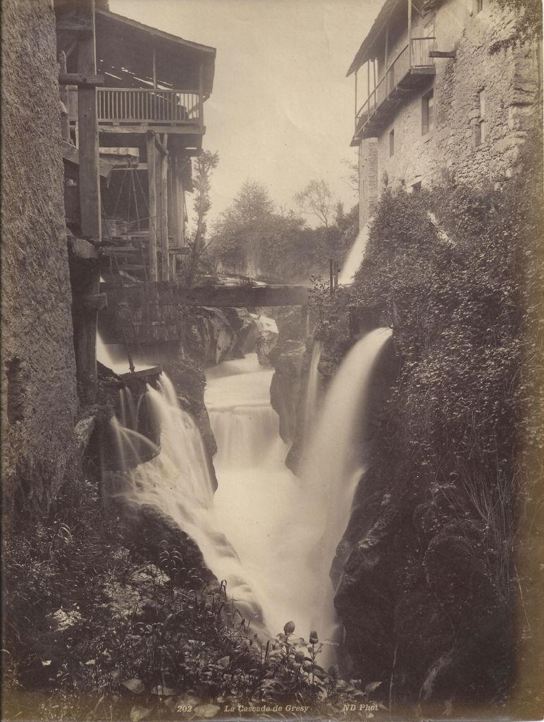 73-202-la-cascade-de-gresy